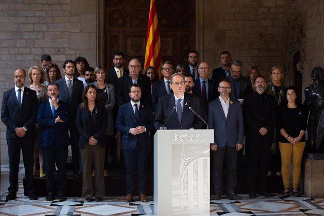 El presidente de la Generalitat, Quim Torra, junto al resto del Govern tras la sentencia del 1-O