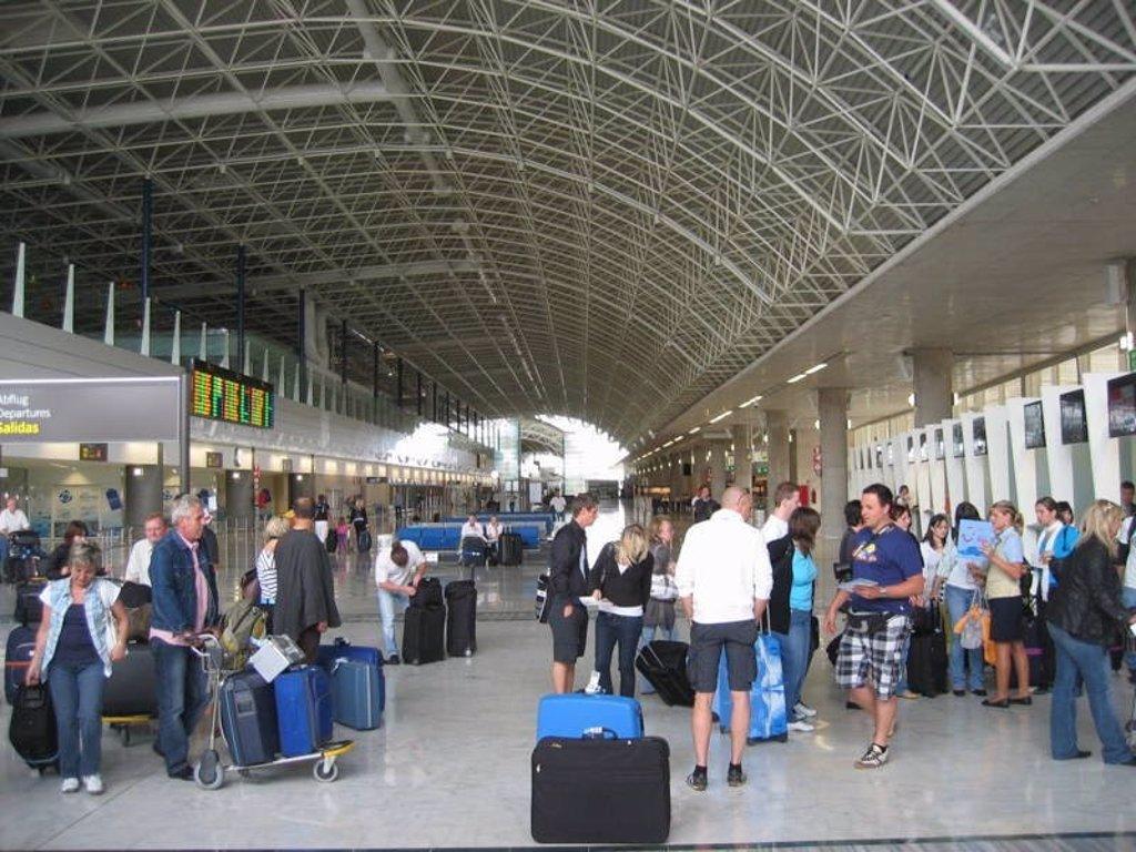 El aeropuerto de Fuerteventura y las líneas marítimas operan con normalidad desde esta mañana