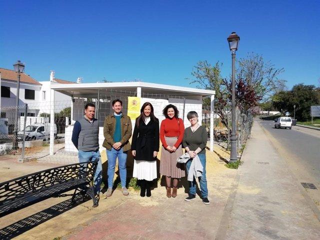 La delegación territorial de la Consejería de Turismo, Regeneración, Justicia y Administración Local en Huelva, María Ángeles Muriel, en su visita a Cortegana