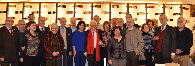 Miembros de la organización celebran el 20 aniversario