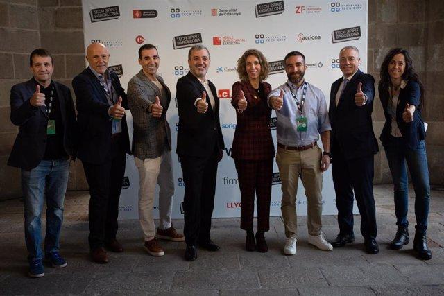 El director de la Fundació Mobile World Capital, Carlos Grau, el president del Barcelona Tech City, Miguel Vicente, el tinent alcalde de Barcelona, Jaume Collboni, la consellera ngels Chacón, el delegat especial de l'Estat.