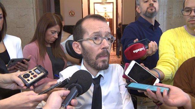 El portavoz de Unidas Podemos en el Congreso, Pablo Echenique, tras la Junta de Portavoces.