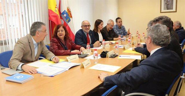 El consejero de Sanidad, Miguel Rodríguez, preside el Patronato del IDIVAL.