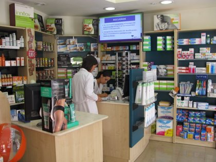 Farmacéuticos realizan una encuesta en farmacias para detectar problemas más frecuentes de oído, nariz y garganta