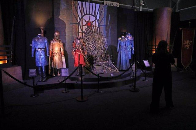 Vestuario de la serie en la exposición Juego de Tronos: La Exposición Oficial en la Feria de Madrid (IFEMA), en Madrid, a 24 de octubre de 2019.