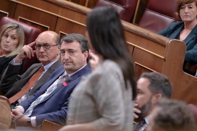 Aitor Esteban, portavoz del PNV en el Congreso, durante un debate en el Pleno