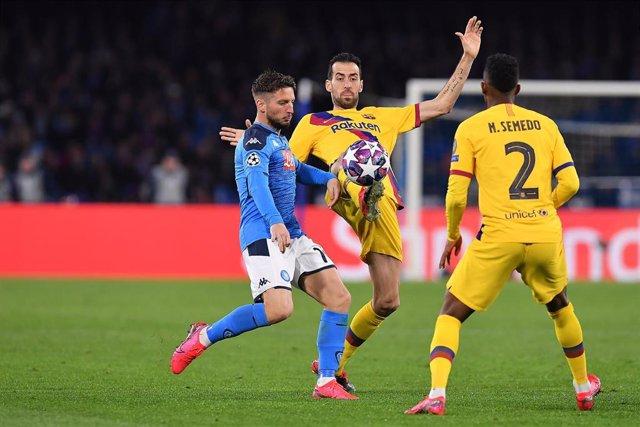Sergio Busquets en el Nápoles-Barça de Champions