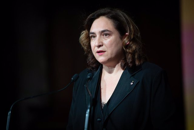 L'alcaldessa de Barcelona, Ada Colau, intervé en l'entrega dels Premis Ciutat de Barcelona, a Barcelona/Catalunya (Espanya), 11 de febrer del 2020.