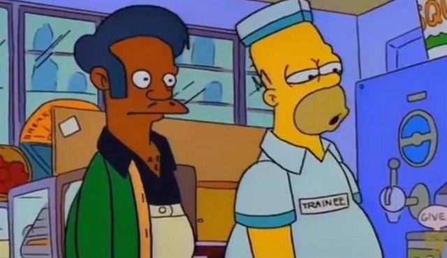 Apu y Homer en Los Simpson