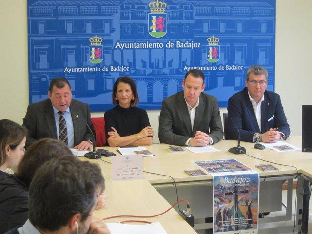 Presentación de la web Badajoz cofrade