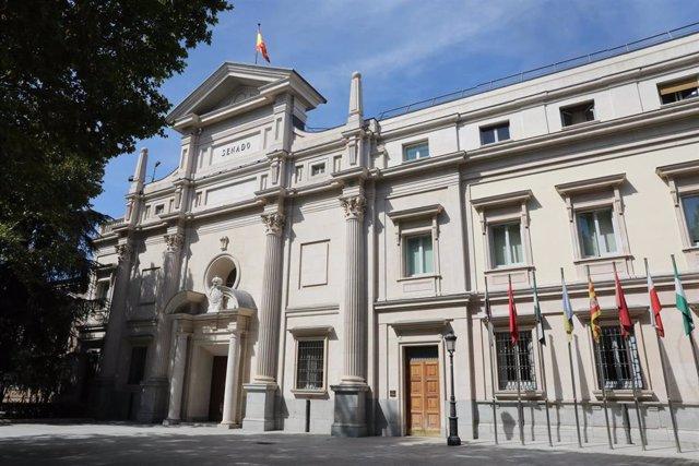 Fachada exterior del Palacio del Senado en Madrid.