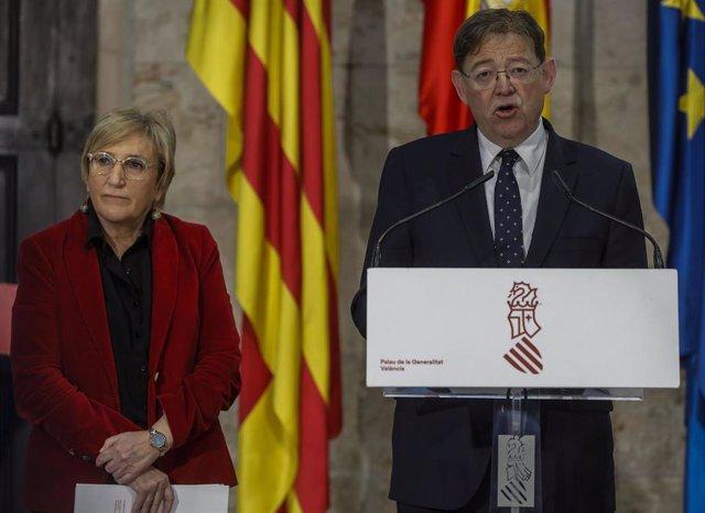 El president de la Generalitatjunto a la consellera de Sanidad, Ana Barceló, comparecen ante los medios para informar sobre la situación actual del coronavirus tras la confirmación de un paciente infectado en la Comunitat Valenciana