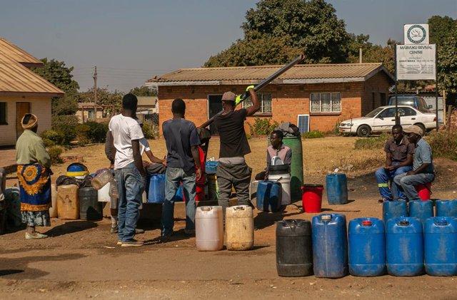 Zimbabue.- Save the Children alerta de los efectos en los niños de la crisis ali