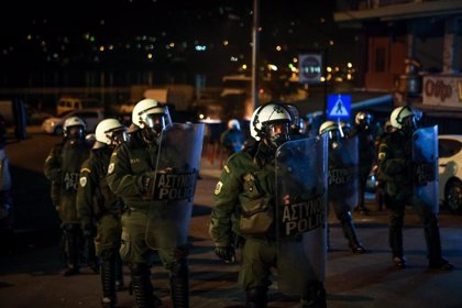 Los habitantes de las islas griegas se movilizan contra los nuevos campamentos de migrantes