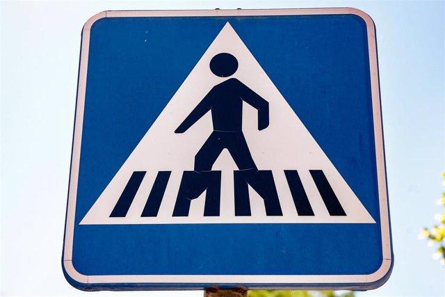 Señal de paso de peatones.