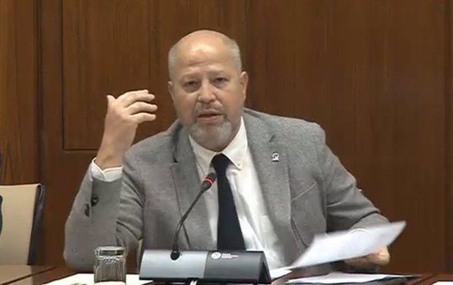 El consejero de Educación, Javier Imbroda, en una imagen de archivo de su comparecencia en la Comisión de Educación.
