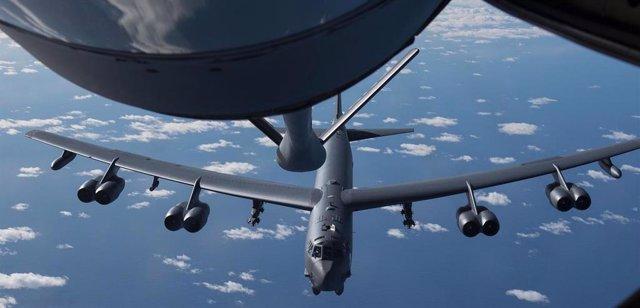 Bombardero estratégico B52