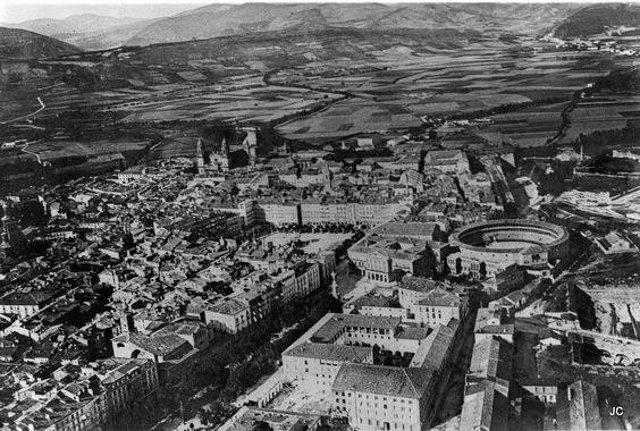 Imagen aérea de la antigua plaza de toros de Pamplona