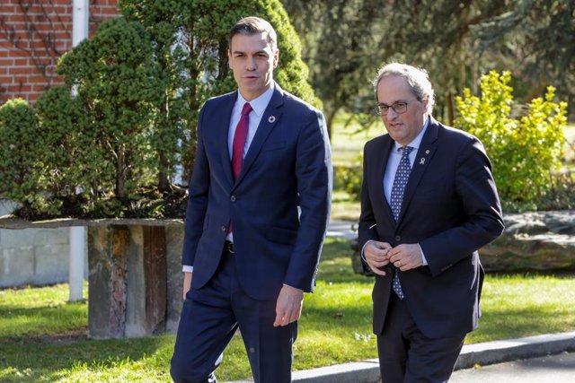 El president del Govern espanyol, Pedro Sánchez, rep a la delegació del Govern de Catalunya encapçalada pel president de la Generalitat, Quim Torra, a La Moncloa, Madrid (Espanya) 26 de febrer del 2020.