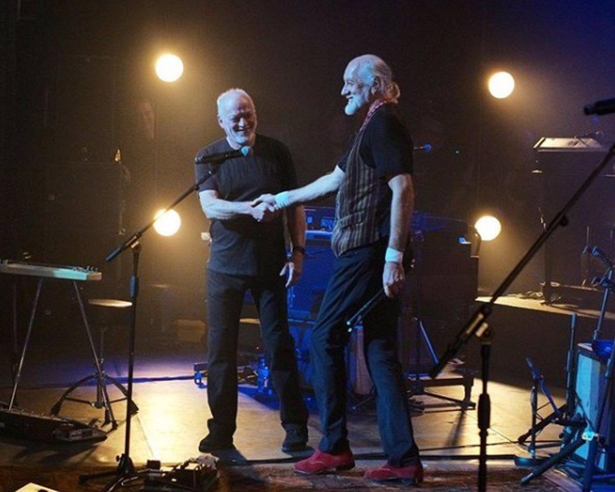 Fleetwood Mac, David Gilmour, Steven Tyler, Pete Townshend, Noel Gallagher y Kirk Hammett, en un homenaje a Peter Green