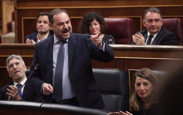 El ministre de Transports, Mobilitat i Agenda Urbana, José Luis Ábalos, al Congrés, on s'ha parlat, entre altres qüestions, de la taula de diàleg entre governs, Madrid (Espanya), 26 de febrer del 2020.