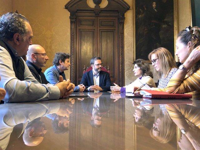 Reunión entre la CAEB, CCOO y UGT con el Ayuntamiento de Palma.