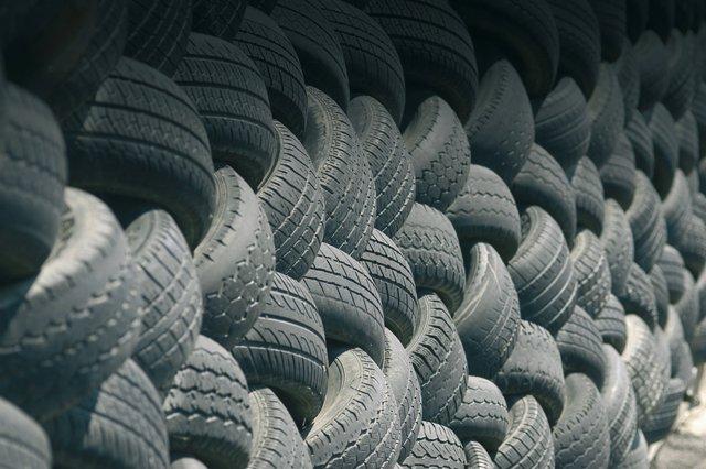 Neumáticos fuera de uso