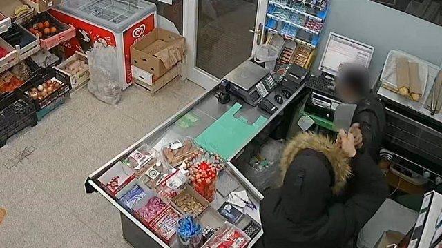 Sucesos.- Ingresa en prisión por robar en dos establecimientos del Vallès con un