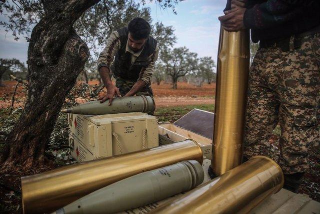 Siria.- Los rebeldes sirios apoyados por Turquía recuperan el control de Saraqeb