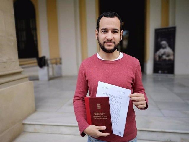 El portavoz adjunto de Adelante en el Ayuntamiento de Sevilla, Daniel González Rojas, en una imagen de archivo