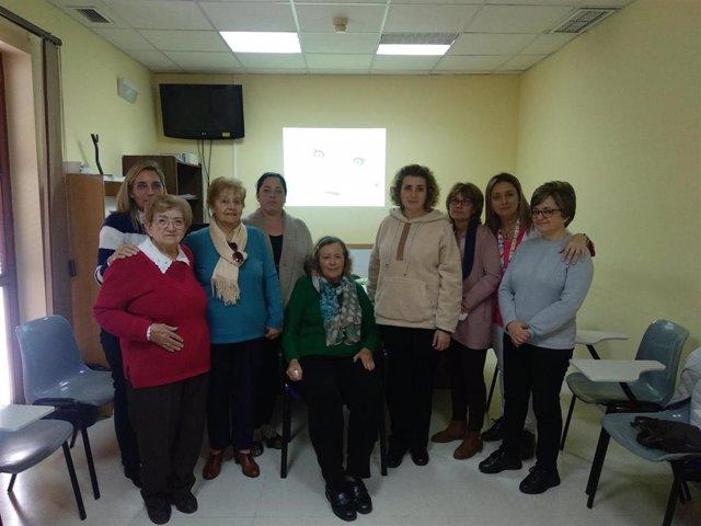 Mujeres participantes en el grupo socioeducativo de Bujalance