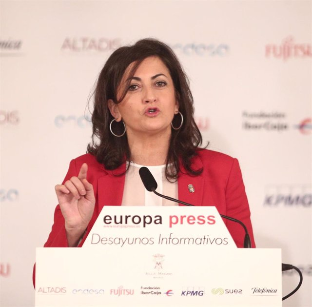 La presidenta de la Comunidad de La Rioja,  Concha Andreu, durante su intervención en un desayuno informativo de Europa Press, en Madrid (España), a 13 de febrero de 2020.