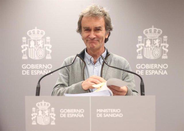 El director del Centro de Coordinación de Alertas y Emergencias Sanitarias, Fernando Simón, comparece tras la reunión del Comité de Seguimiento del coronavirus por los casos confirmados de pacientes infectados con el virus en Madrid, en el Ministerio de S