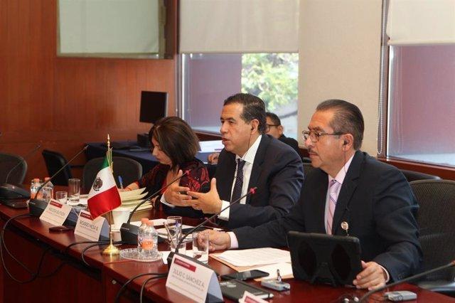 Reunión entre funcionarios mexicanos y estadounidenses sobre el tráfico de armas
