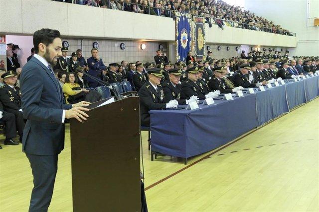 El secretario de Estado de Seguridad, Rafael Pérez, en la jura de inspectores de Policía.