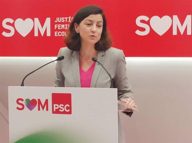 La dirigente del PSC Eva Granados en rueda de prensa.