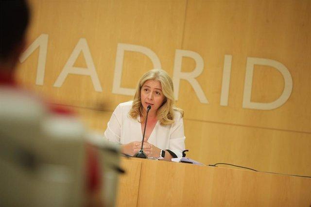 La portavoz del Ayuntamiento de Madrid, Inmaculada Sanz, atiende a los medios en rueda de prensa.
