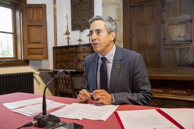 El vicepresidente del Gobierno, Pablo Zuloaga, en la rueda de prensa de los acuerdos del Consejo