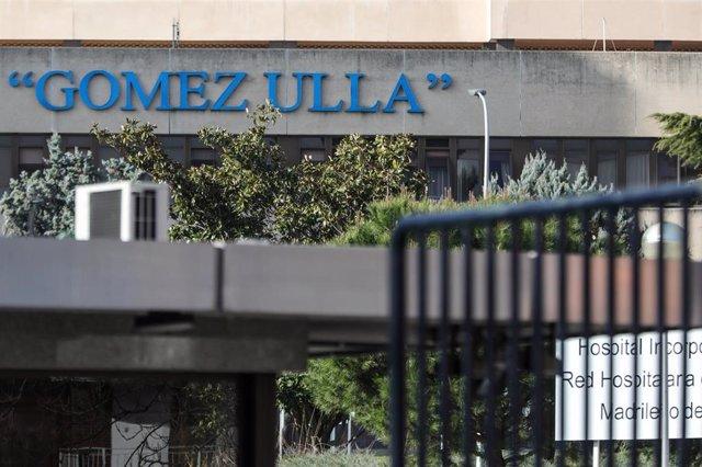 Entrada al Hospital Gómez Ulla de Madrid.
