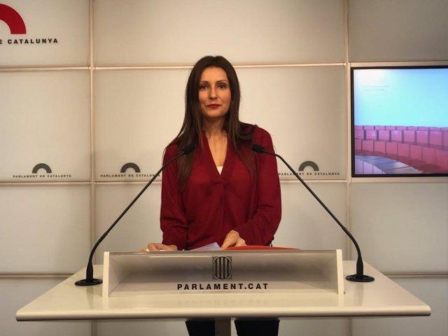 Lorena Roldán, Cs