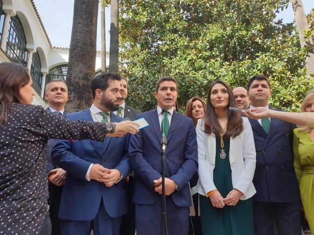 El portavoz parlamentario de Ciudadanos (Cs), Sergio Romero, atiende a los medios el 28F.