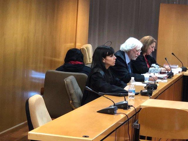 Imagen del juicio contra una acusada de matar a su bebé recién nacido en Madrid
