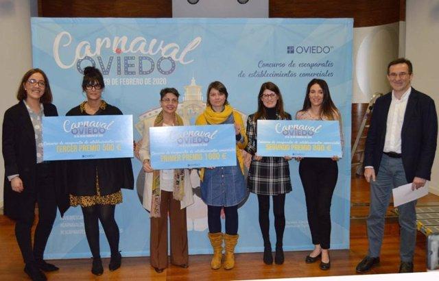 Entrega de los premios en el Ayuntamiento de Oviedo.