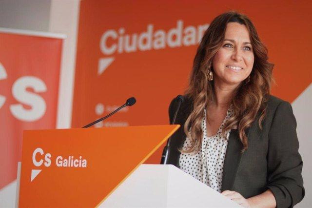 La portavoz de Ciudadanos en Galicia, Beatriz Pino, en rueda de prensa.