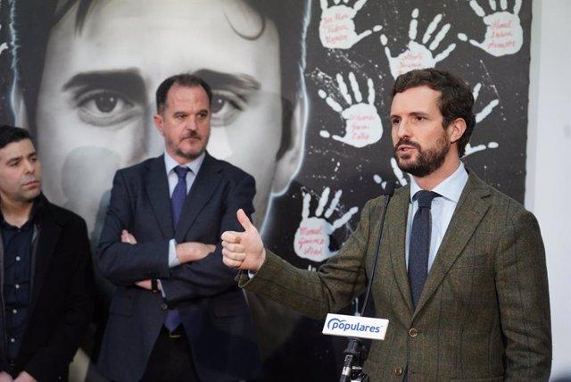 El candidat a lehendakari, Carlos Iturgaiz, i el president del Partit Popular, Pablo Casado.