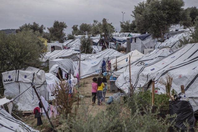 Campamento para migrantes y refugiados junto al campo de Moria,en Lesbos