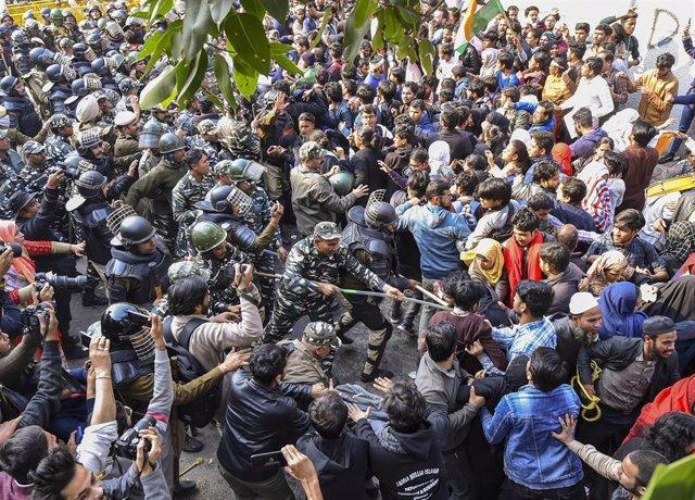 Protestas contra la Ley de Ciudadanía en India.
