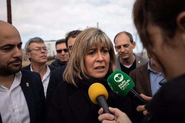 La presidenta de la Diputació de Barcelona, Núria Marín, ofereix declaracions a la premsa durant la seva visita a les zones afectades de Malgrat de Mar després del pas del temporal 'Gloria', a Barcelona (Espanya), a 28 de febrer de 2020.