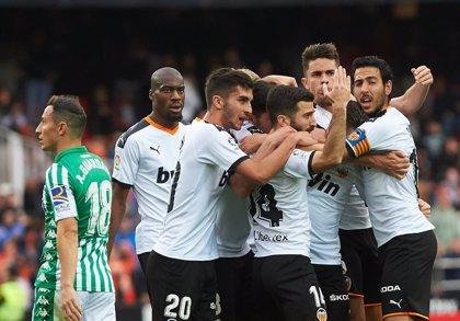 El Valencia reacciona y el Celta deja viva la salvación