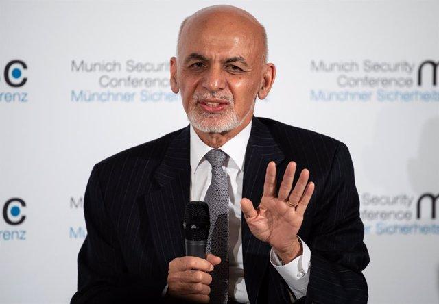 Afganistán.- Ghani pone en duda el intercambio de prisioneros estipulado en el a